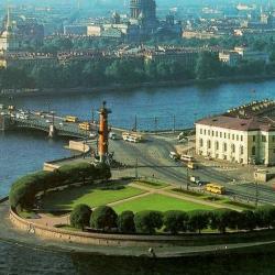 Где в Петербурге бесплатно изучают иностранные языки?